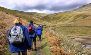 Ramblers-on-Kinder-Scout-001