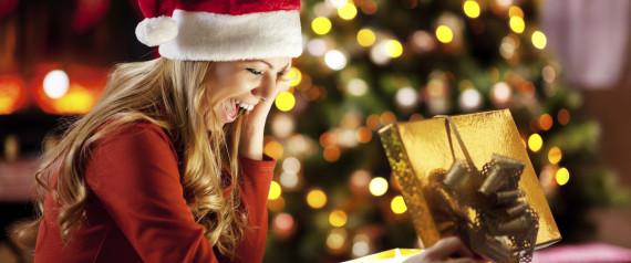 n-CHRISTMAS-GIFTS-WOMAN-large570.jpg